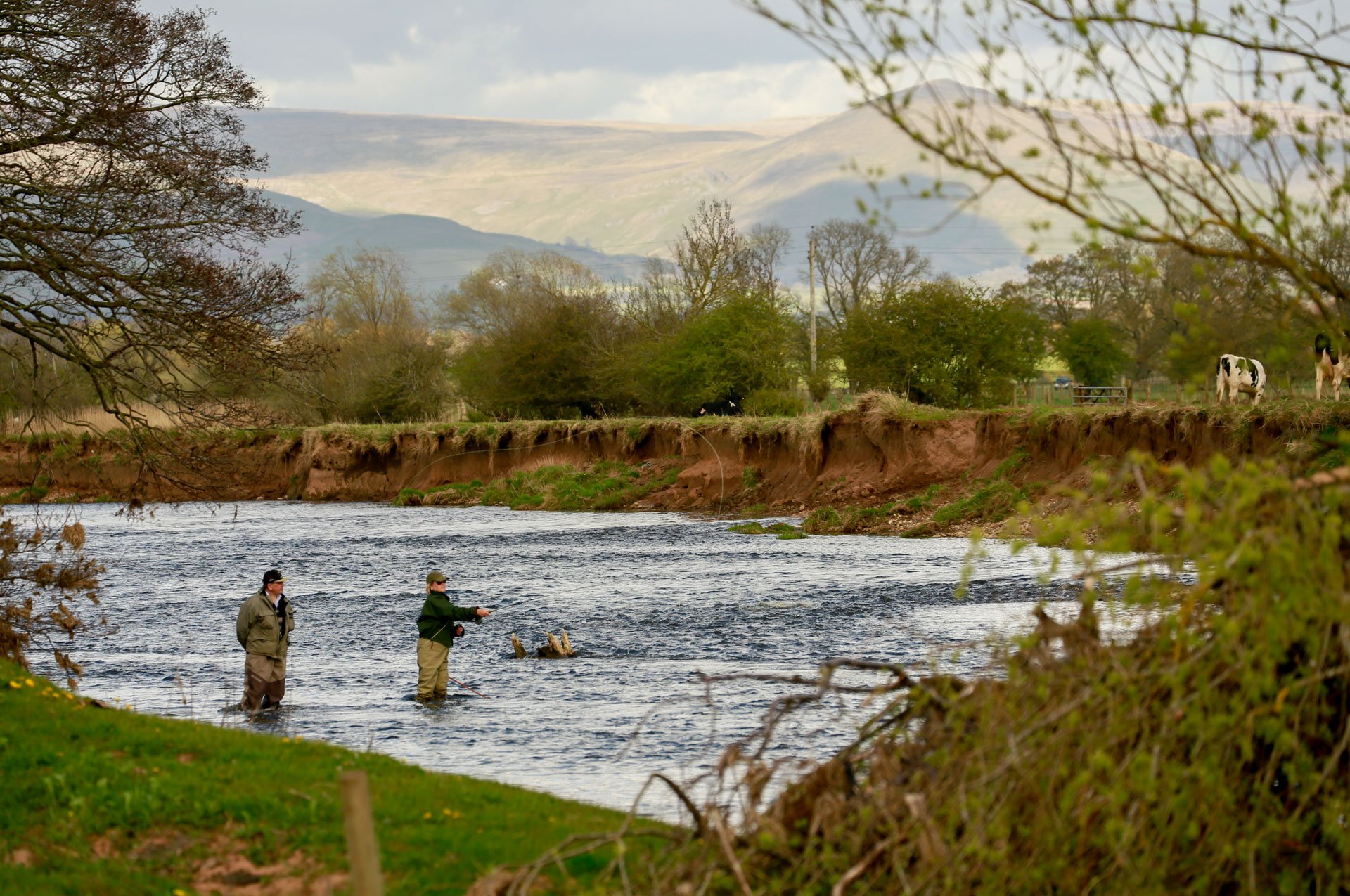 fly fishing break with guiding